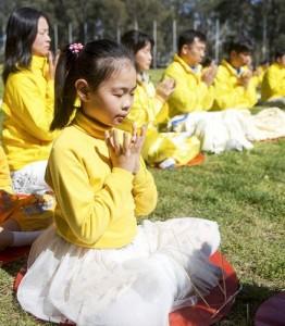 2014-9-28-minghui-falun-gong-au5--ss