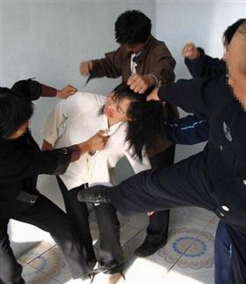 2013-9-24-minghui-torture-beating--ss
