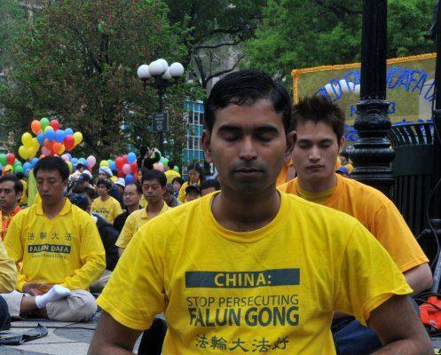 印度裔的美国人、计算器(计算机)科学博士、微软高级软件工程师苏曼.斯里尼瓦桑(Suman Srinivasan)(大纪元)